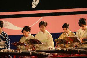 1200px-himejijo_kangetsukai_oct09_125